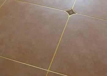 瓷砖美缝:老砖家美缝剂解决瓷砖缝脏黑难题